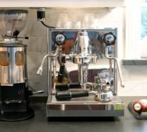 Das eigene Cafe im Haus – Peppen Sie Ihre Küche mit einem Luxus Kaffeezentrum auf