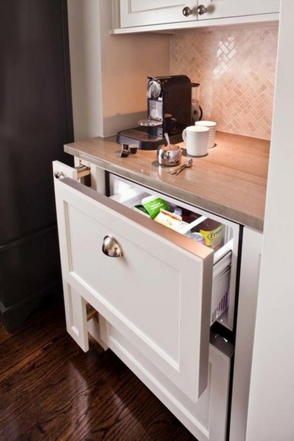 das eigene cafe im haus klein und fein auf der arbeitsplatte
