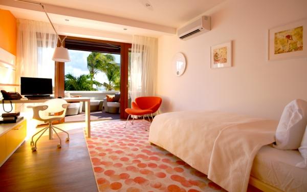 das-private-gästezimmer-neu-gestalten-design-schreibtisch-bett
