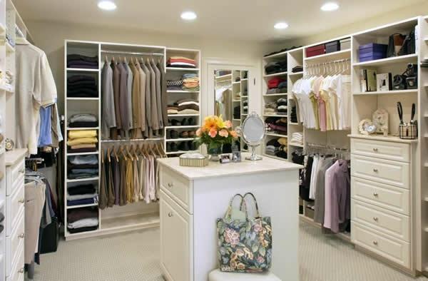 den kleiderschrank intelligent organisieren hohe kommoden mit vielen schubladen