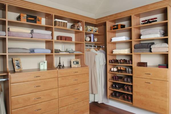 den kleiderschrank intelligent organisieren 50 pl ne und lagerideen. Black Bedroom Furniture Sets. Home Design Ideas