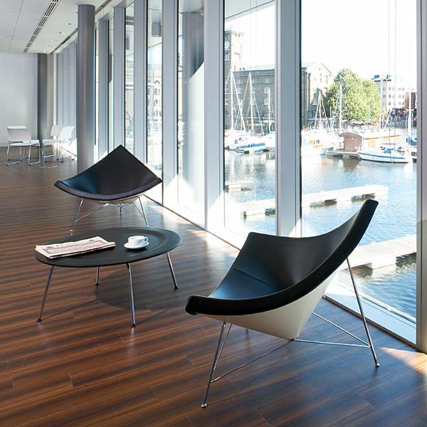 designer coconut stuhl direkt am hafen