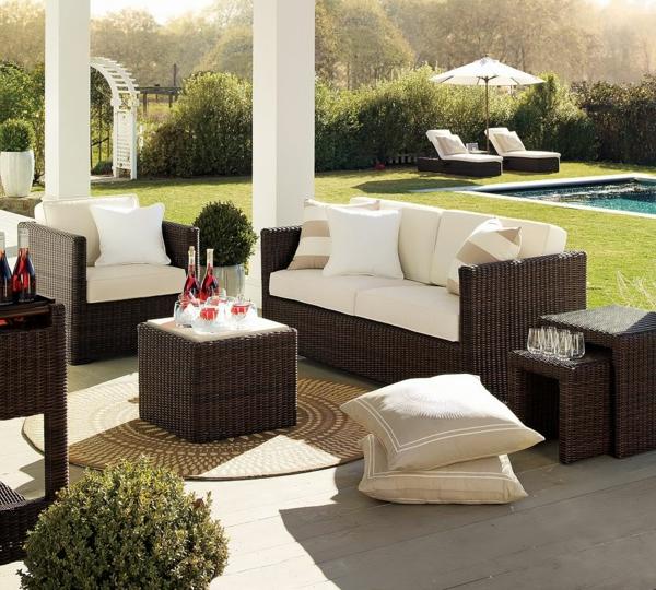 die perfekten outdoor möbel dunkel aus rattan komfortable lounge