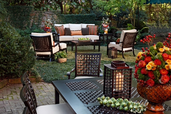 die perfekten outdoor möbel elegant aus schmiedeeisen