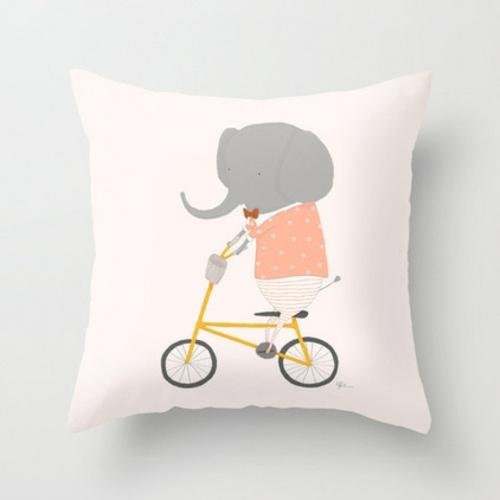 fahrräder als sommerdeko kinder kissen mit elefanten