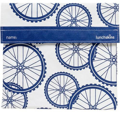 fahrräder als sommerdeko tisch matten in kobaltblau