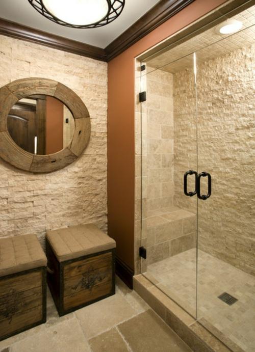 fliesen aus naturstein antikflair Holzhocker runder spiegel