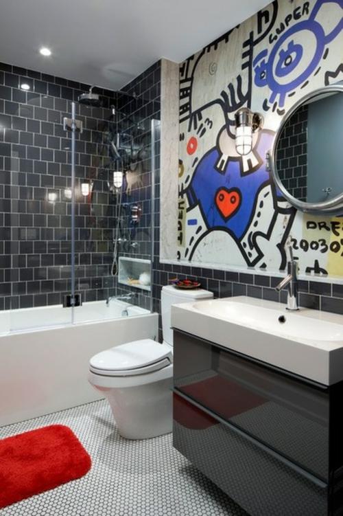 gut designtes Badezimmer fliesen schwarz badewanne duschkabine
