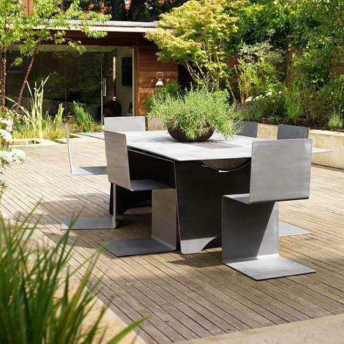 holz bodenbelag gras tisch stühle außenbereich garten