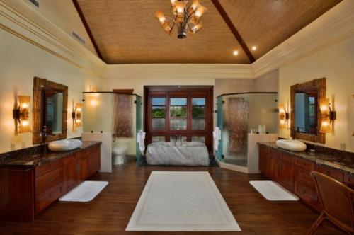 holz-einrichtung-teppich-wandspiegel-waschbecken-asian-stil