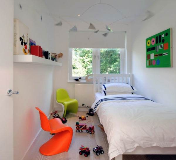 interior design im skandinavischen stil kindersessel in lime und orange