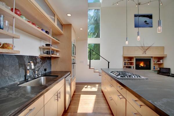 schickes küchen design arbeitsplatte in marmoroptik einbauleuchten