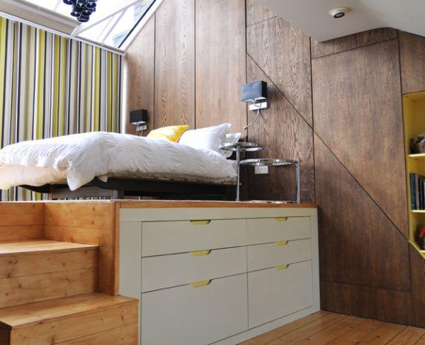 kleine schlafzimmer gestreifte gardinen viele regale