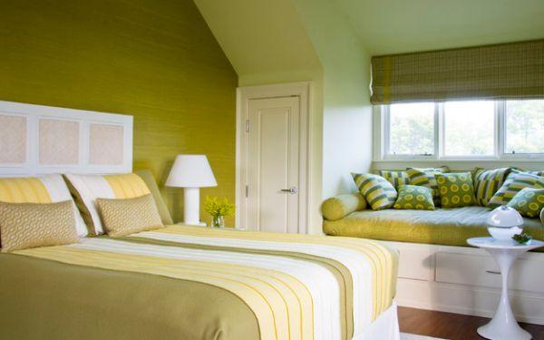 kleine schlafzimmer grüne nuancen viel stauraum