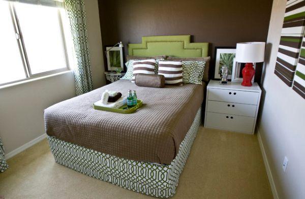 kleine schlafzimmer kreativ gestalten- 45 zeitgenössische ideen - Schlafzimmer Gestalten Creme Braun