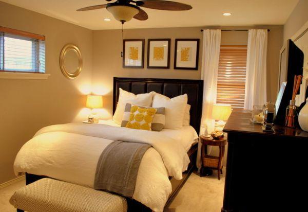 kleine schlafzimmer luxuriös mit goldgelben akzenten