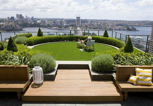 kleine urbane Garten Designs bank holz grasfläche