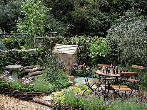 urbane Garten Designs holz bodenbelag tisch stühle