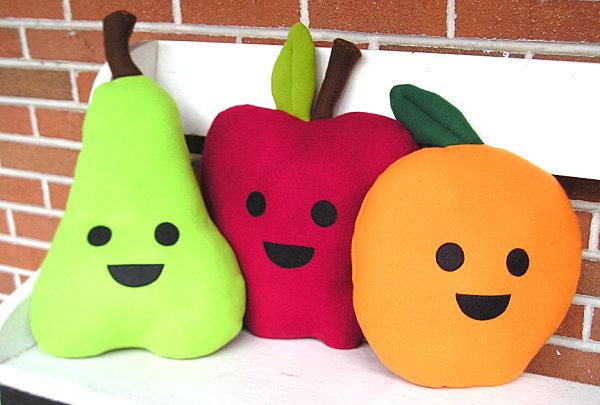 leckere deko ideen kissen in früchte form