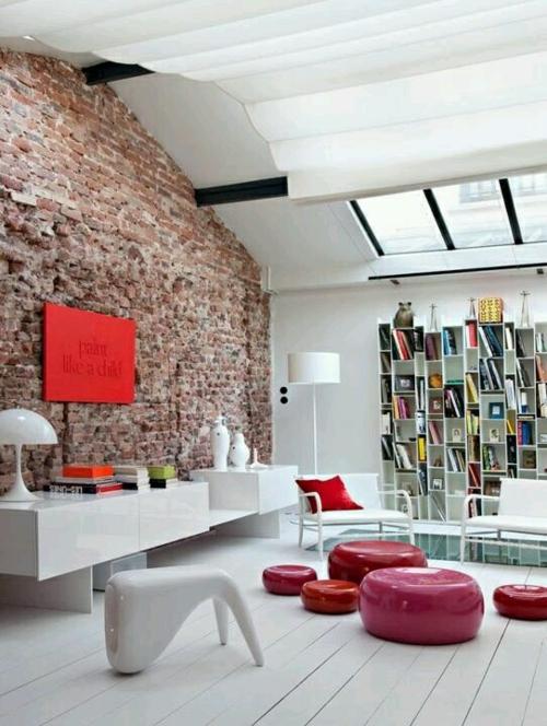 modern wohnung weiß einrichtung dachfenster ziegelwand grunge style