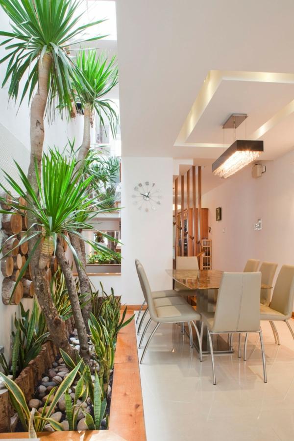 nachhaltiges haus design esstisch in marmoroptik stylische wanduhr