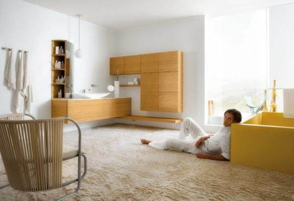 praktische Einrichtungsideen fürs Badezimmer weiß gelb texturen
