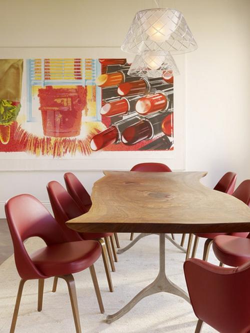 rote Farbe in der Küche nuancen tischplatte holz rot stühle