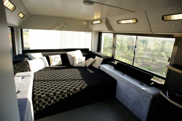 schönes modernes Haus weggeworfen alt bus schlafbereich relaxen
