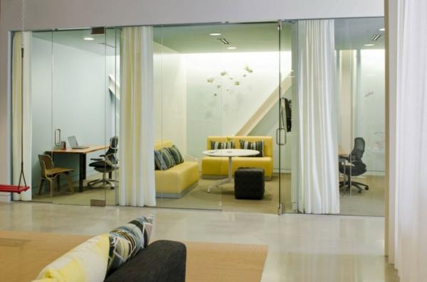 schickes office design zitronengelbe sitzmöbel würfelförmiger hocker
