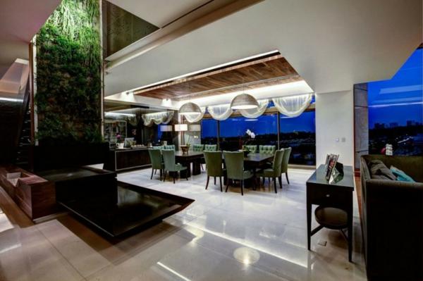 stylische wohnung living wall in der lobby