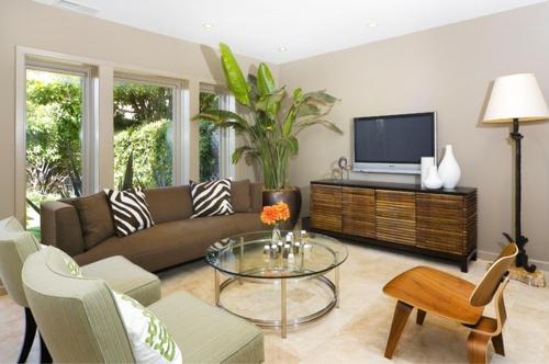 tropisches Ambiente zu Hause wohnzimmer rund couchtisch zebramuster