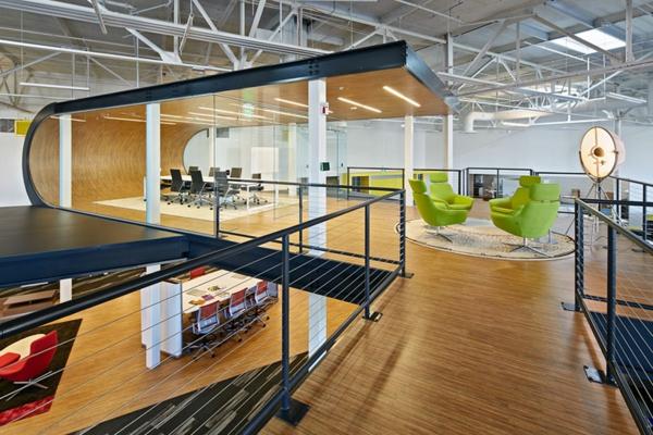 ultra moderne geschäftsstelle besprechungsraum und sitzecke im zweiten stock