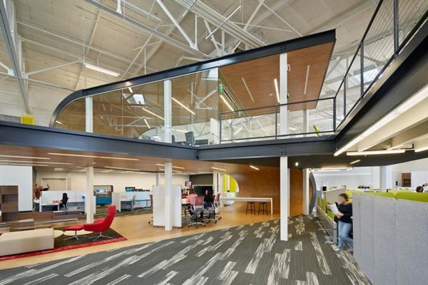 moderne büroeinrichtung google office schränke glanz