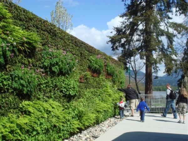 vertikale gärten im urlaub