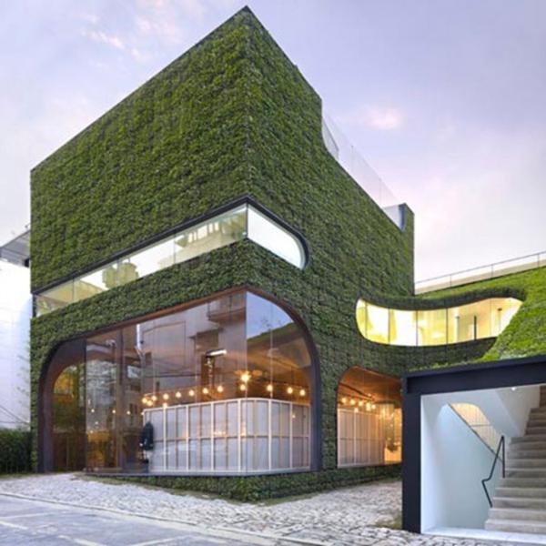 unglaubliche vertikale gärten modern mit viel glas