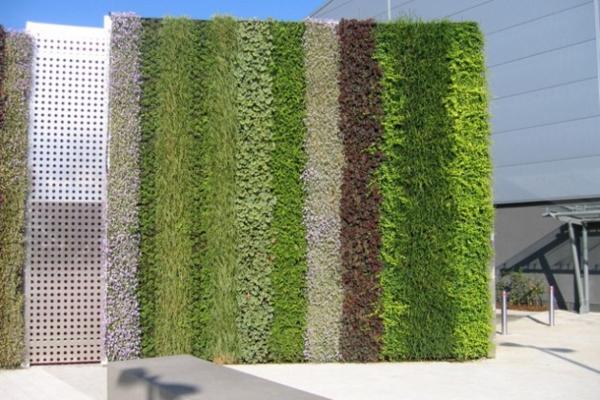 unglaubliche vertikale gärten stilvoll gestreift