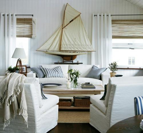wohnzimmer mit strand fein gestreifte kissen sisal läufer