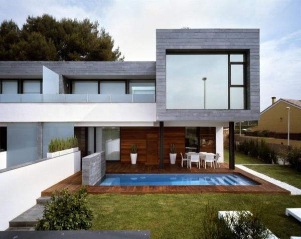 zeitgenössische luxus doppelhäuser mit gemütlichem garten