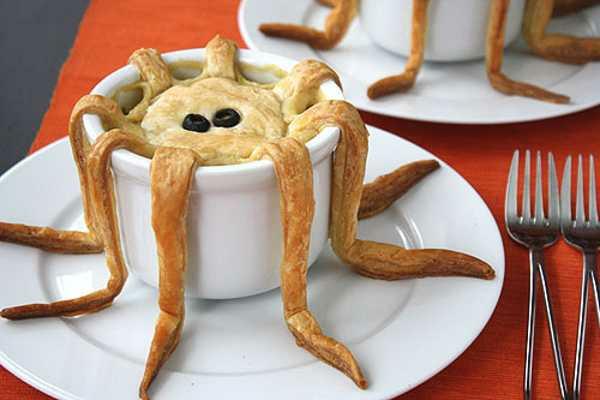 Coole Halloween Deko Ideen lecker spinne gebäck