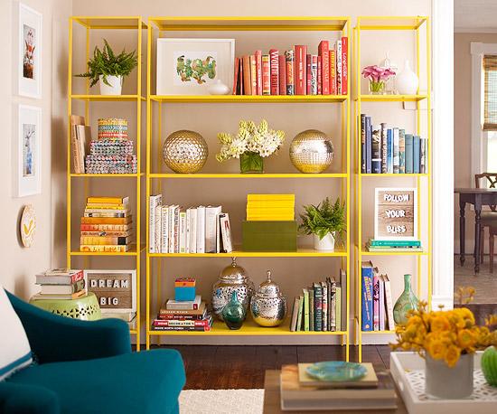 Coole Wohntipps Wohnzimmer Dekoration regale bücher gelb