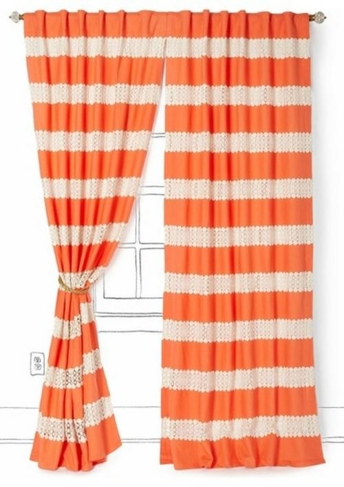 Deko Ideen und Möbel fürs Kinderzimmer gardinen gestreift orange beige