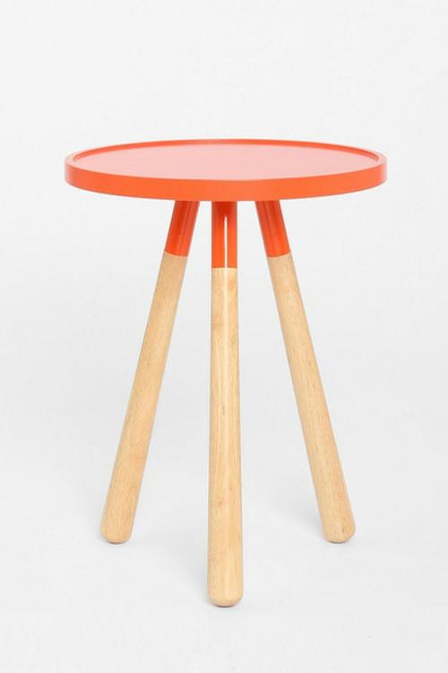 Deko Ideen und Möbel fürs Kinderzimmer hocker orange sitzplatz rund