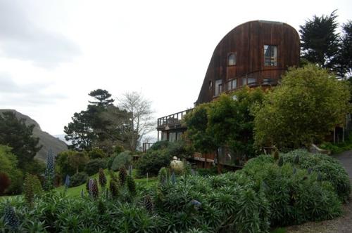 Design und Mode der 70er natur umgebung bäume fassade gebäude haus