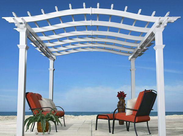 Elegante Pergola Design Gestaltung weiß lackiert oberfläche strand