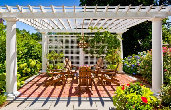 Elegantes Pergola Design Gestaltung holz weiß geländer sitzplatz
