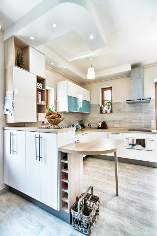 Extravagantes Apartment mit maßgefertigtem Interior Design esstisch küche