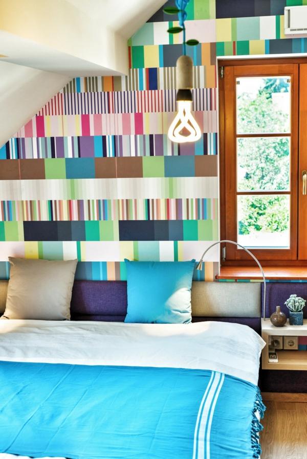 Extravagantes Apartment mit maßgefertigtem Interior Design türkis bettdecke