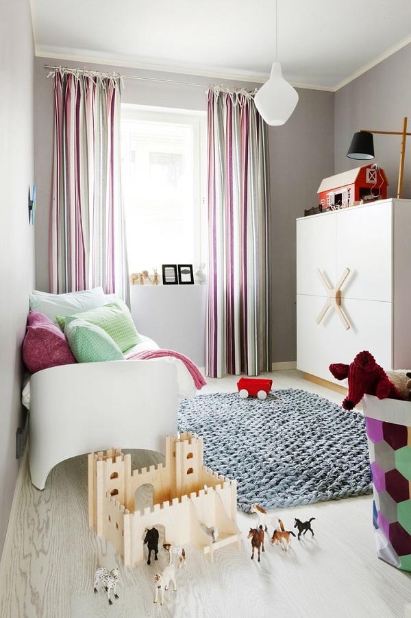 Gestrickte und gehäkelte Dekoration zum Selbermachen teppich babyzimmer