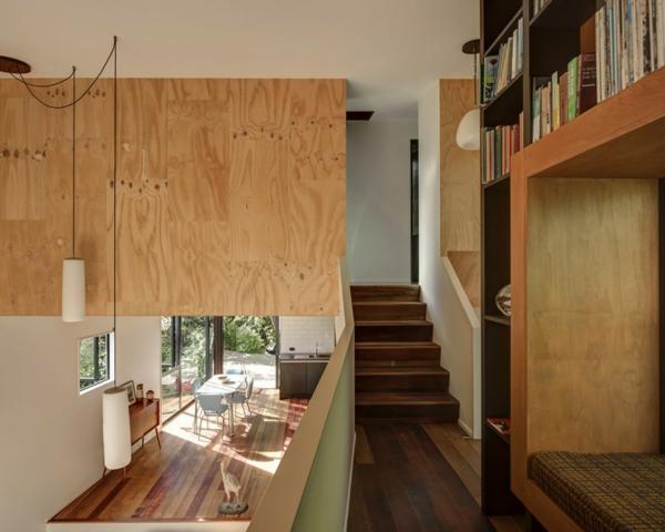 Herrliche Residenz mit differenzierten Wohnflächen treppe holzplatten