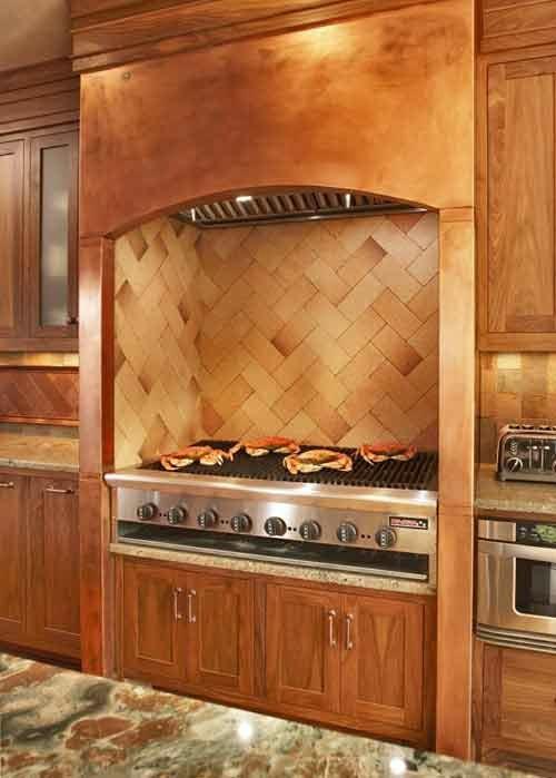 Küchen Design mit eingebautem Grill modern kochplatte holz marmor fläche